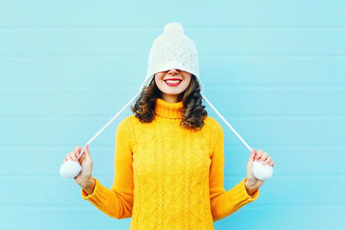 Czapki damskie – najmodniejsze modele na zimę