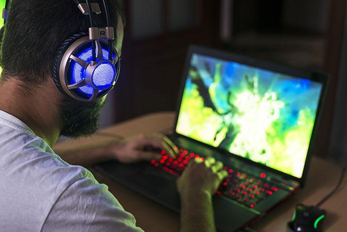Na co zwracać uwagę kupując laptopa dla graczy